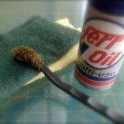 Para limpiar las tijeras…
